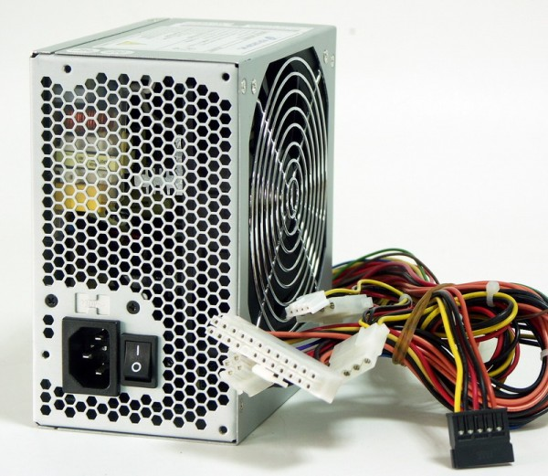 Блок питания FSP ATX 400W 400PNF 20+4 pin, PPFC ,120mm fan, I/O Switch, SATA