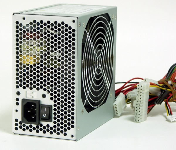 Блок питания FSP ATX 300W 300PNF 20+4 pin, PPFC ,120mm fan, I/O Switch, SATA